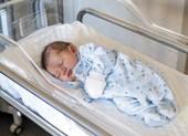 Newborn-baby-crib