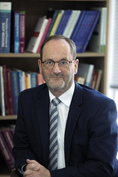 Dr Michael Prichard, Respiratory Physician, Perth