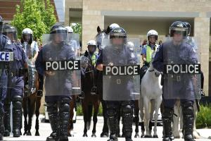 WA police riot squad in action