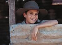 Aborigine_boy_with_hat