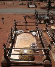 Kalgoorlie cemetery2-red-earth