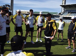Justin-Langer-and-the-Warriors-at-training