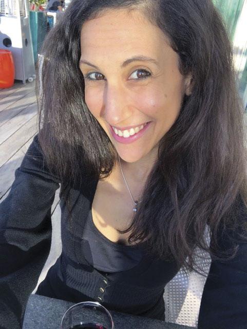Dr Talia Steed is a GP registrar and a yoga teacher.