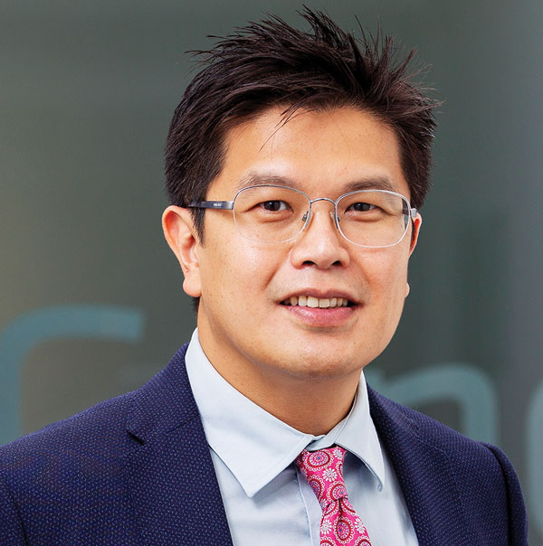 Dr Joo Teoh, Obstetrician, Gynaecologist & Fertility Specialist