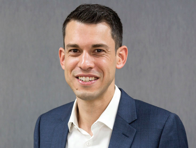 Orthopaedic surgeon Dr Daniel Meyerkort